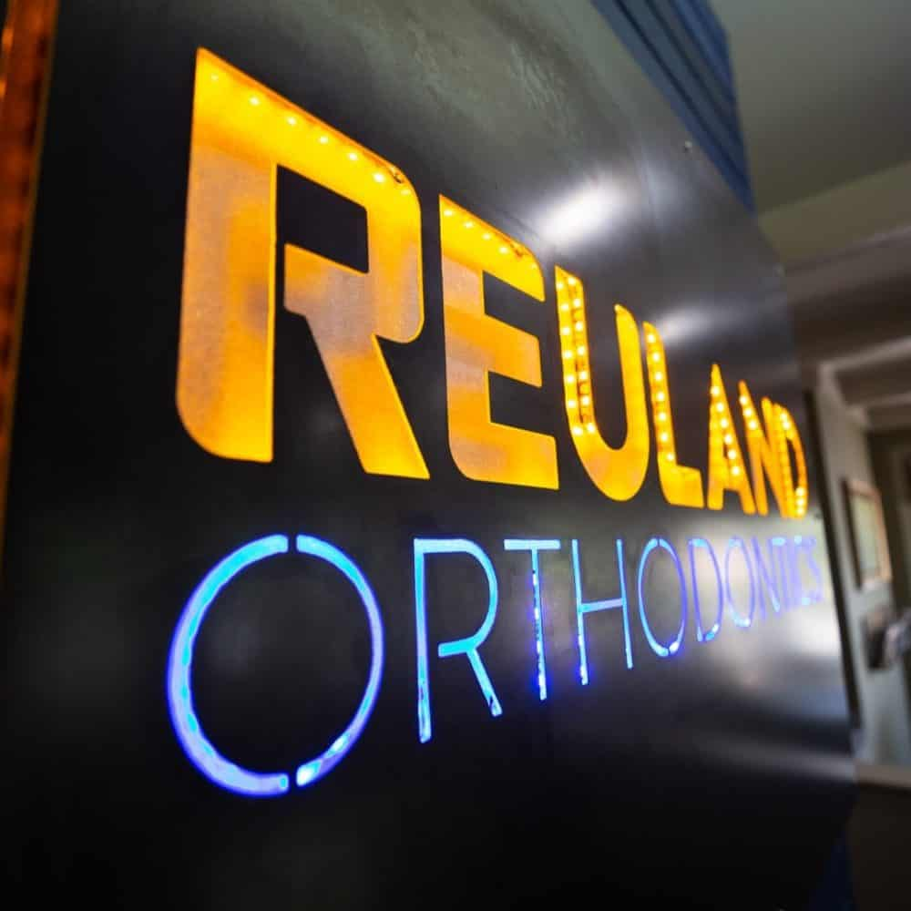 Reuland Orthodontics Interiors 2018 4 2 1000x1000 - Our Orthodontic Office