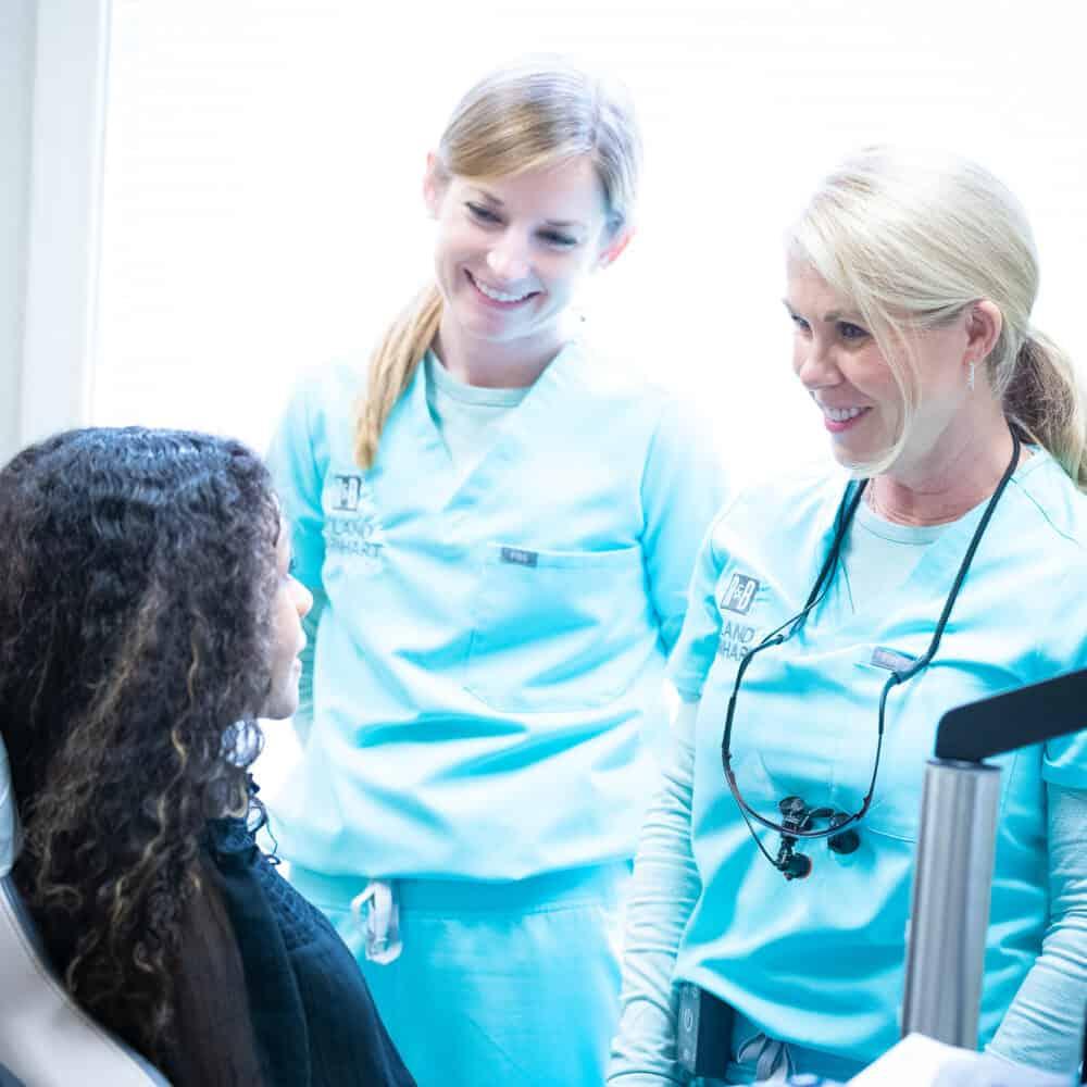 Doctor candids Reuland Barnhart Orthodontics Tyler TX 2021 24 1000x1000 - Meet Dr. Barnhart