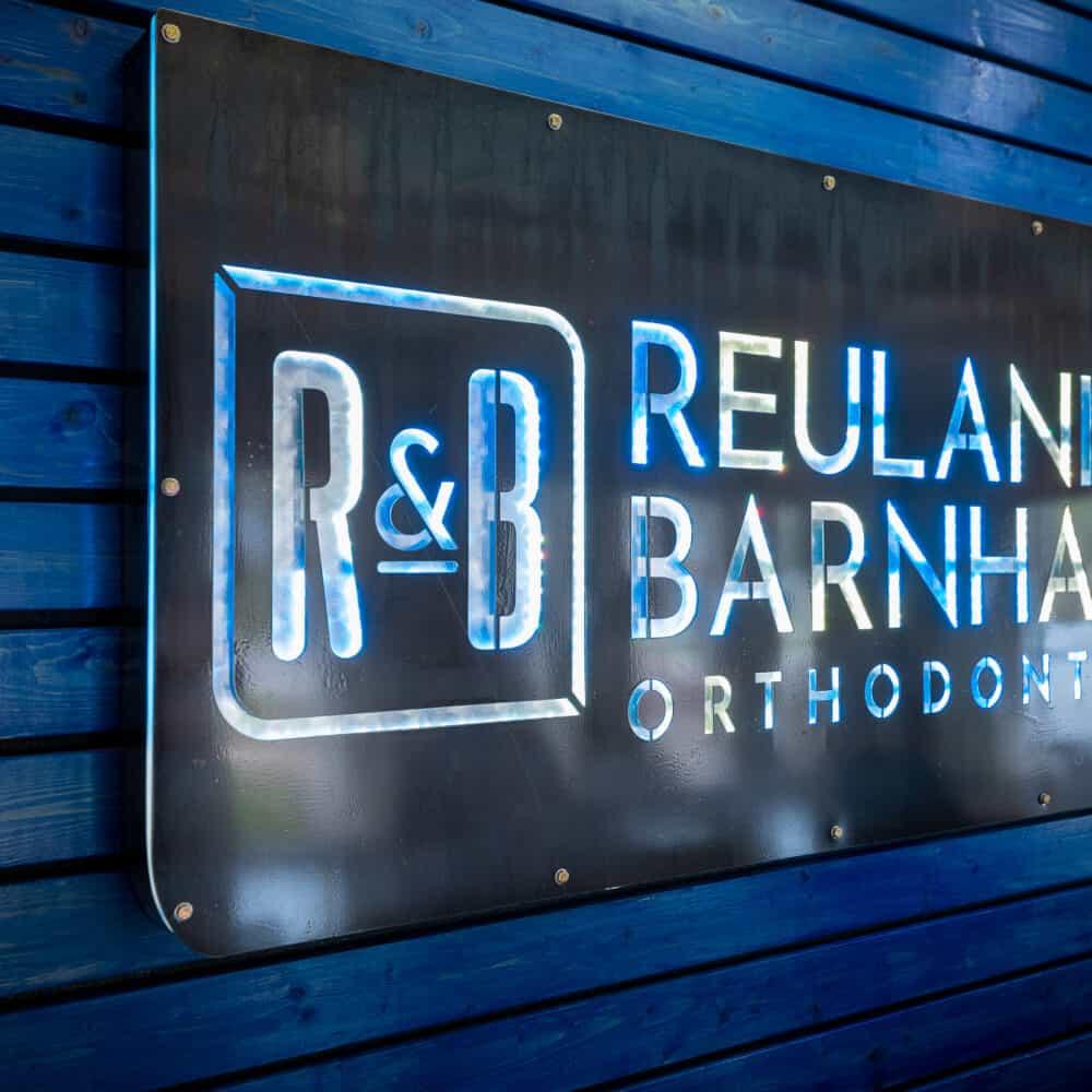 Office Interiors Reuland Barnhart Orthodontics Tyler TX 2021 10 1000x1000 - Our Orthodontic Office